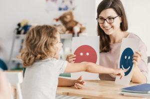 talleres-niños-con-autismo-fundacion-juan-peregrin-cqalconut-alicante